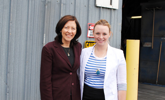 Elaine Whaley and Maria Cantwell