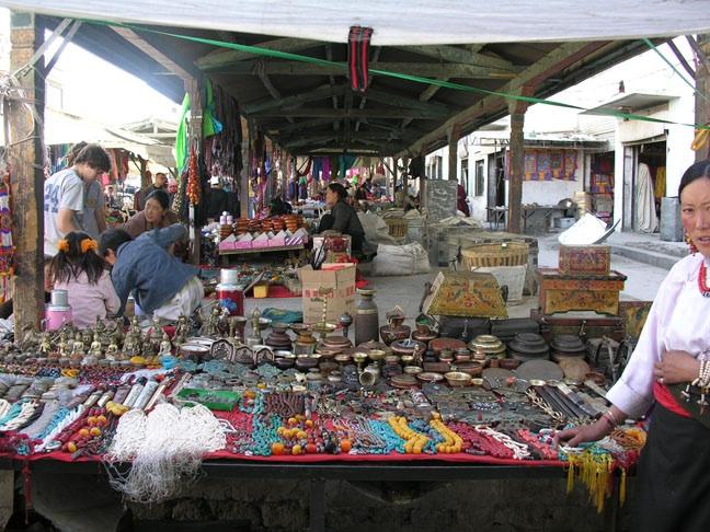 shigatse market